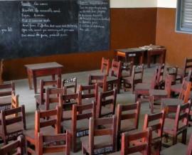 Les bancs d'école au Bénin