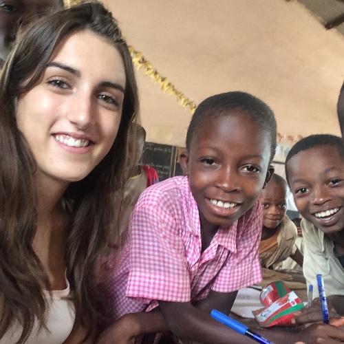 Lara et enfants Afrique