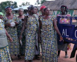 La transformation du manioc en gari