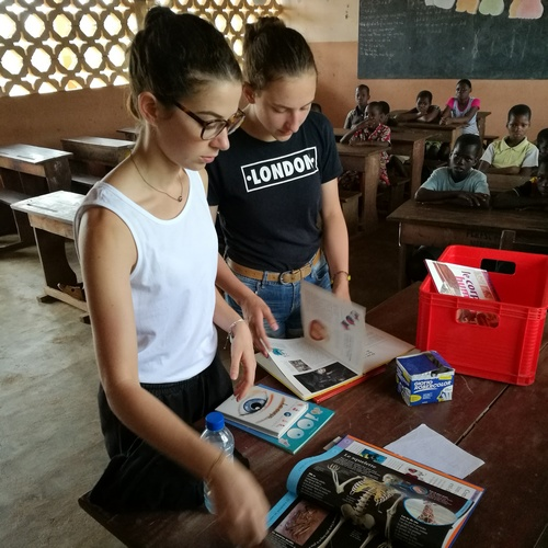 Lola mission humanitaire